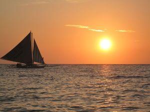 1024px-Boracay_Sailing_Paraw